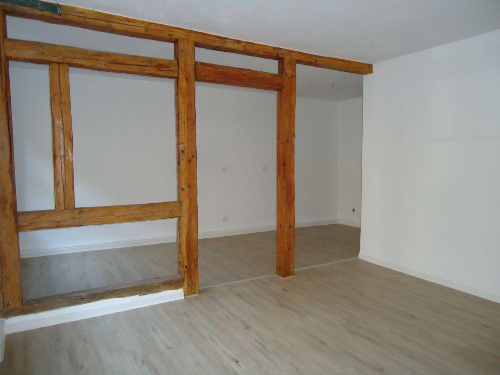 2 raum wohnung im erdgeschoss reserviert droese gmbh. Black Bedroom Furniture Sets. Home Design Ideas